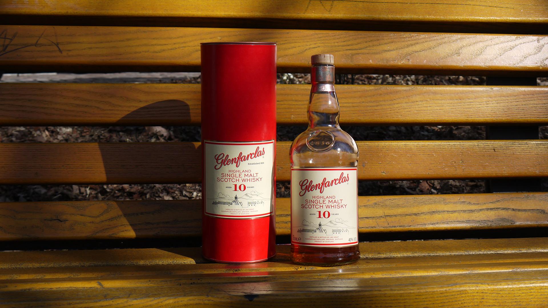 Der Glenfarclas 10 Jahre überzeugt geschmacklich und ist angenehm günstig. (Foto: Malt Whisky)