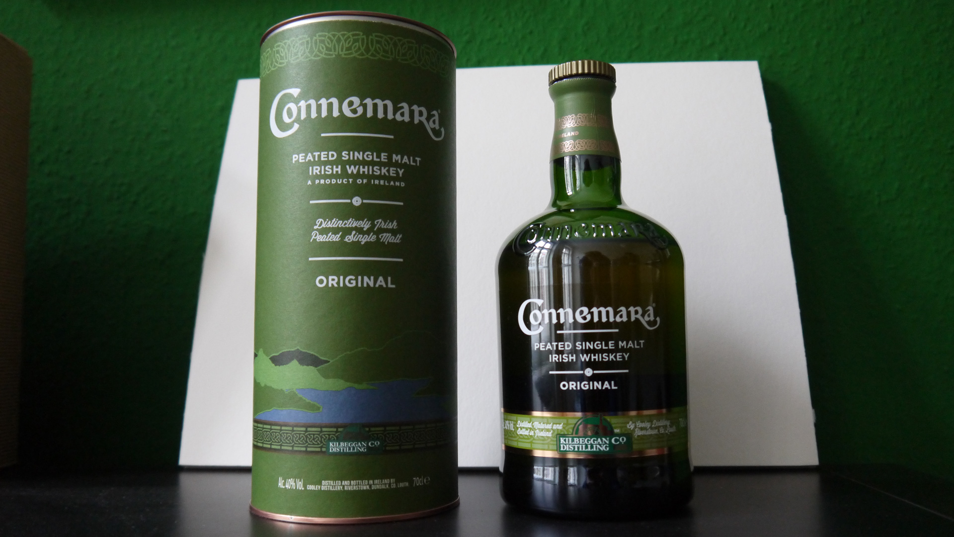 Eine Flasche in irischem Grün: Connemara Peated Single Malt Whiskey. (Foto: Malt Whisky)