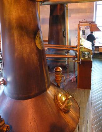 Brennblase bei Bruichladdich. (Foto: Malt Whisky)