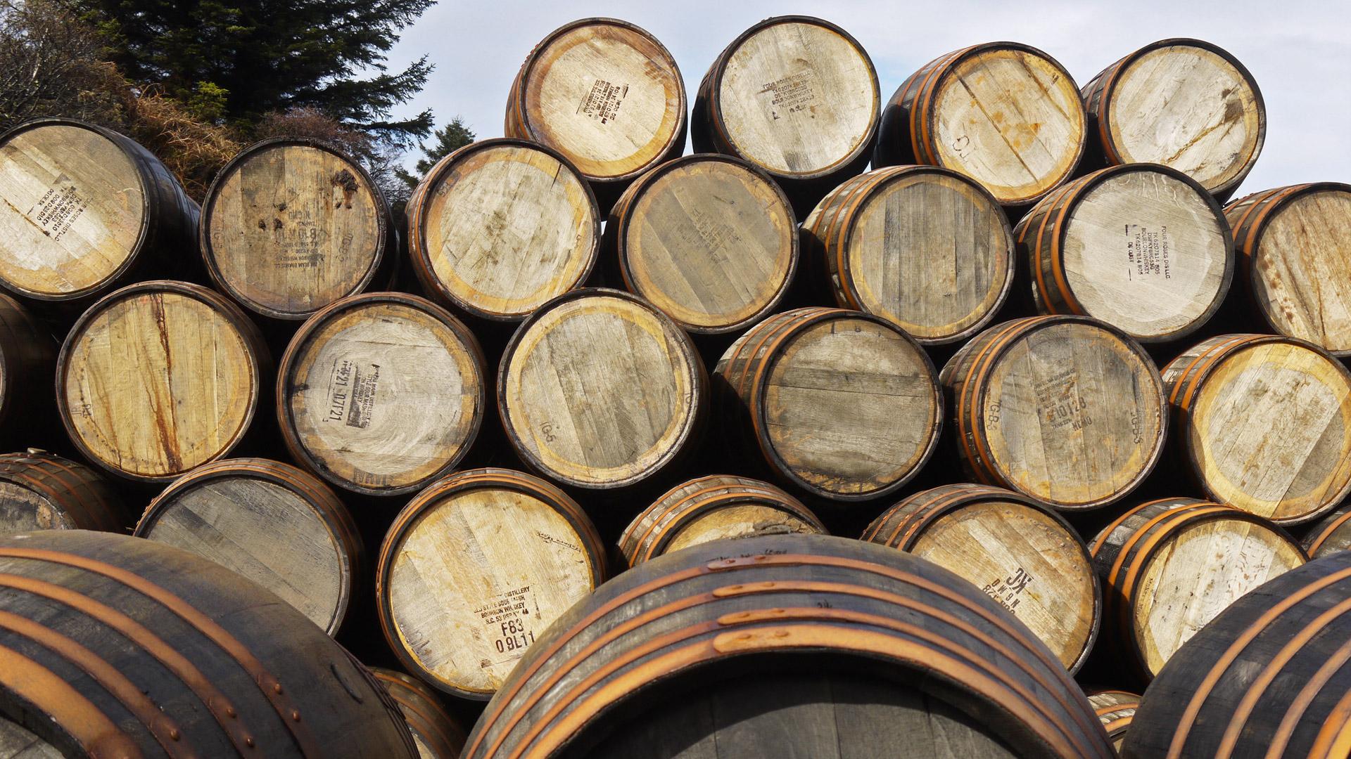"""Die am häufigsten für die Whisky-Lagerung verwendeten Fässer sind American Standard Barrel und """"umgebaute"""" Hogshead-Fässer. (Foto: Malt Whisky)"""