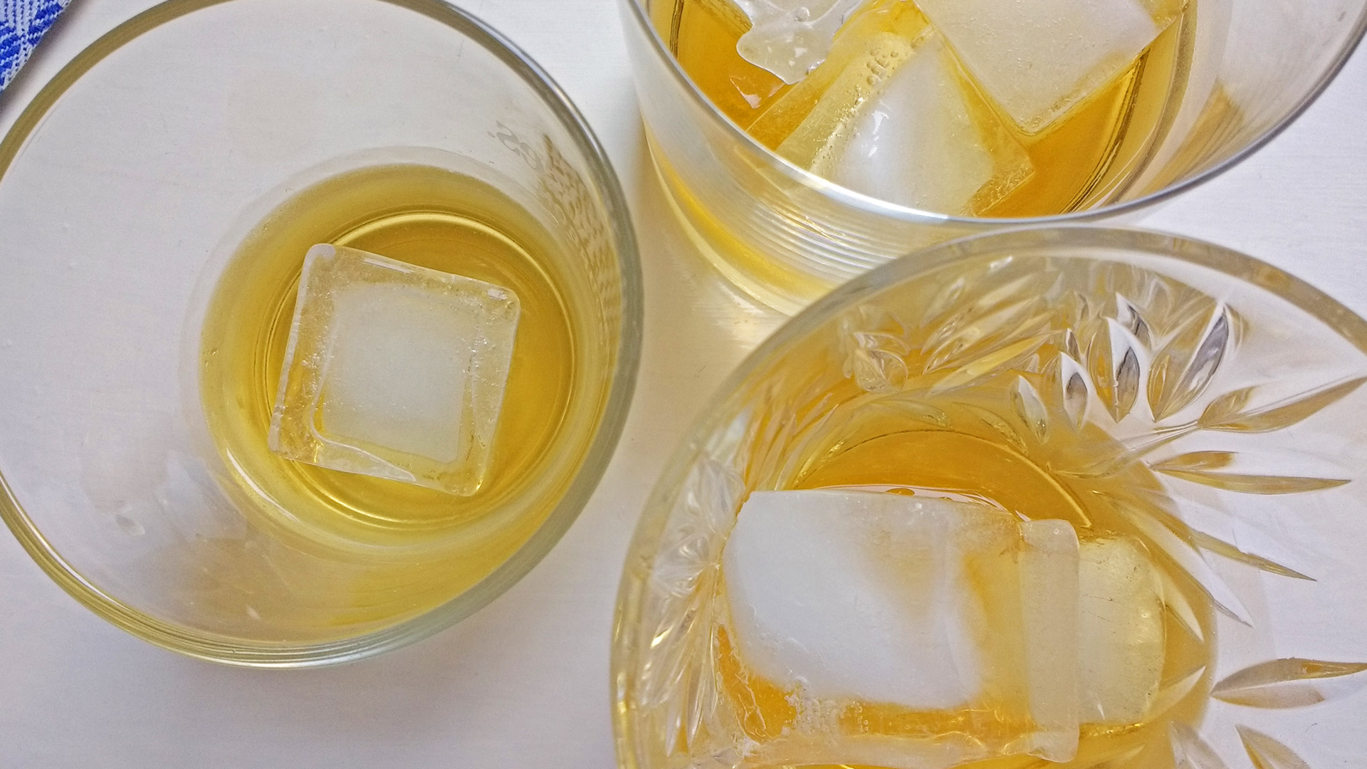 "Bourbon oder Blends trinkt man häufig ""on the rocks"". (Foto: Malt Whisky)"