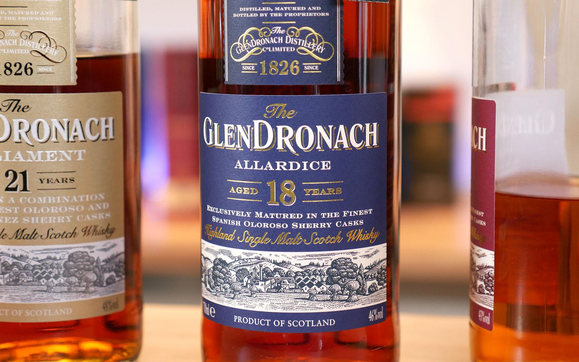 Klassisches Design: Glendronach 18 Jahre Allardice (Foto: Malt Whisky)