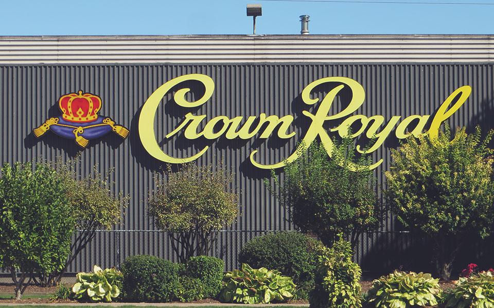Die alte Crown Royal Distillery in Ontario (Foto: Ken Lund / Flickr)