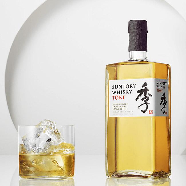Servierempfehlung für den Toki: Als Highball mit Eis - der beliebteste Whisky-Drink Japans (Foto: Beam Suntory)