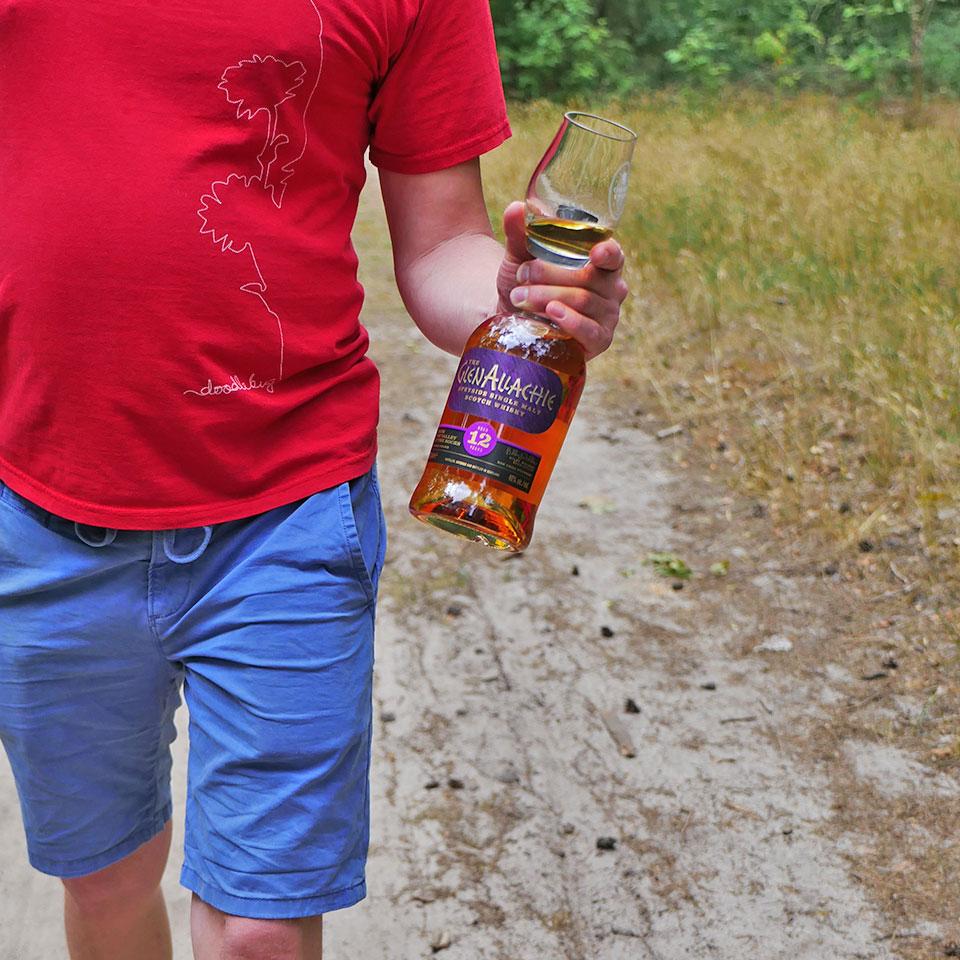 Lust auf ein Tasting? Malt Whisky-Redakteur Lukas hat den GlenAllachie 12 Jahre dabei... (Foto: Malt Whisky)